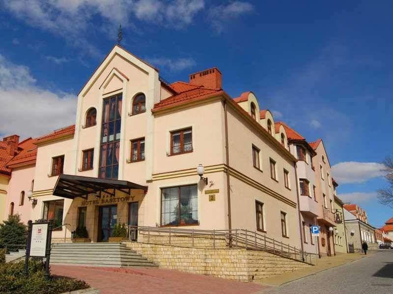HOTEL BASZTOWY SANDOMIERZ
