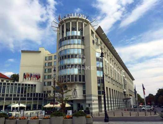HOTEL SHERATON (WARSZAWA)