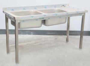 stół ze zlewem