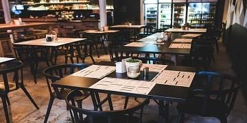 Jakie-wyposazenie-gastronomiczne-powinno-znalezc-sie-w-barze-szybkiej-obslugi