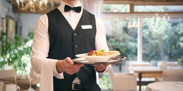 Taca kelnerska, czyli podstawowe narzedzie pracy kelnera